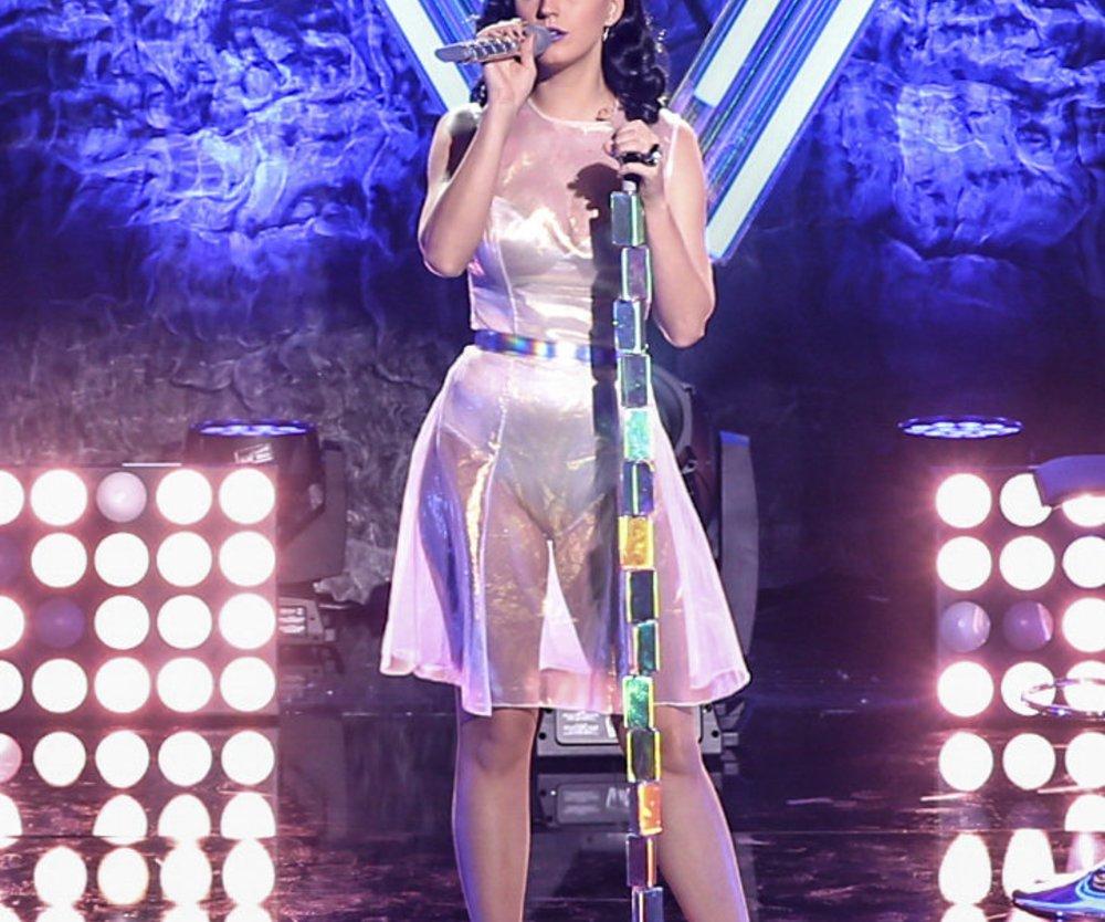 Katy Perry klagt über Cellulite