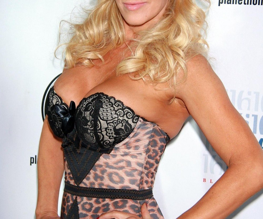 Jenny McCarthy nackt im Playboy