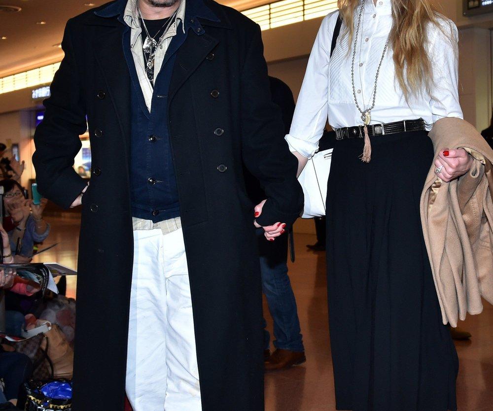 "Johnny Depp feiert ""Sweet 16""-Party seiner Tochter Lily-Rose"