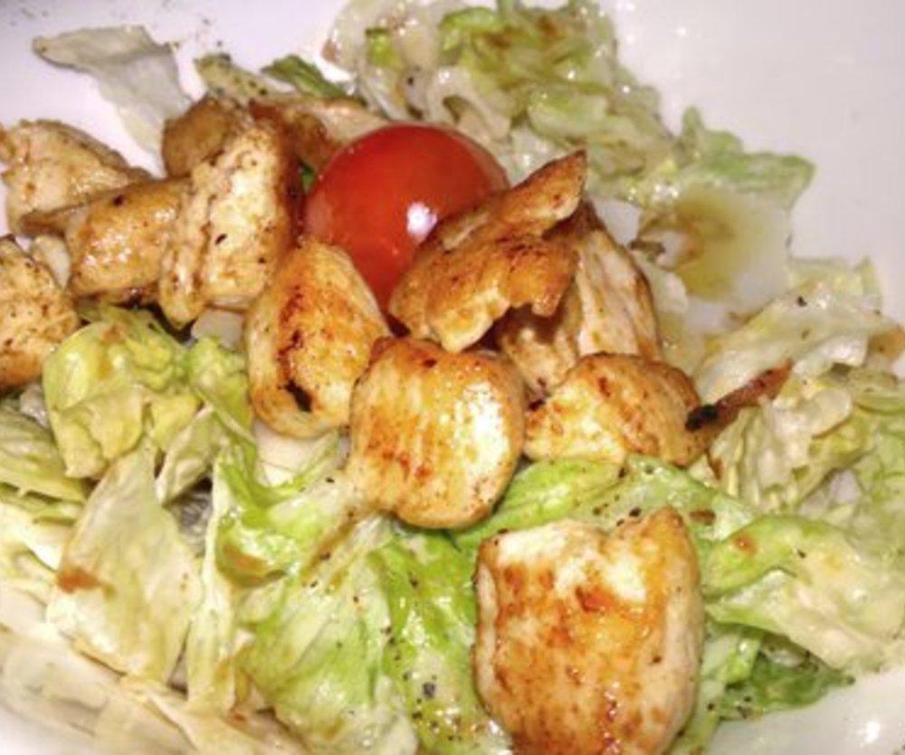 Dressing Caesar Salad