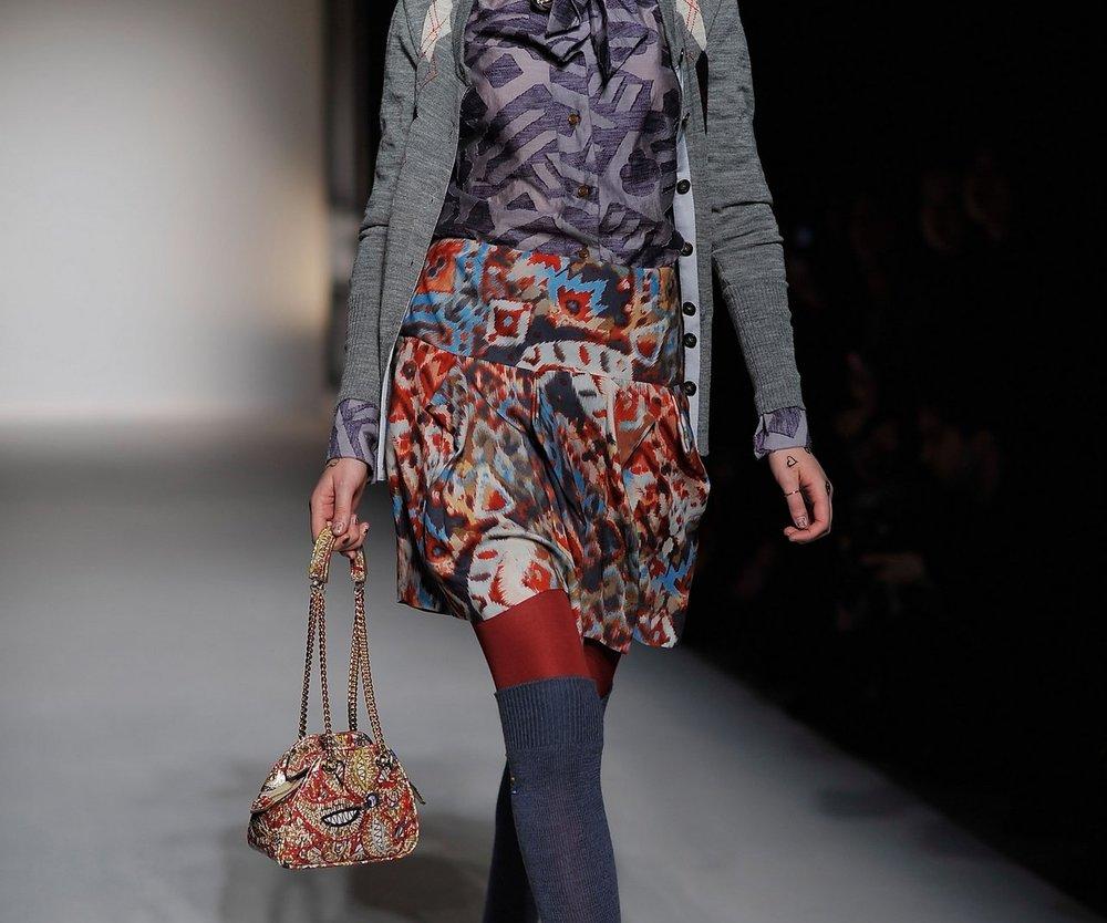 Vivienne Westwood rockt den Catwalk