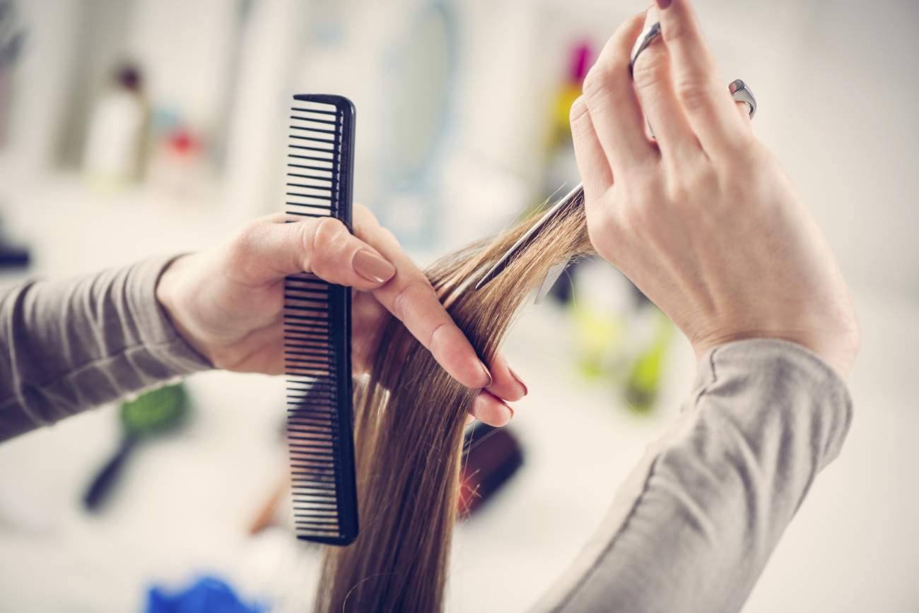 Haare selber schneiden hinterkopf