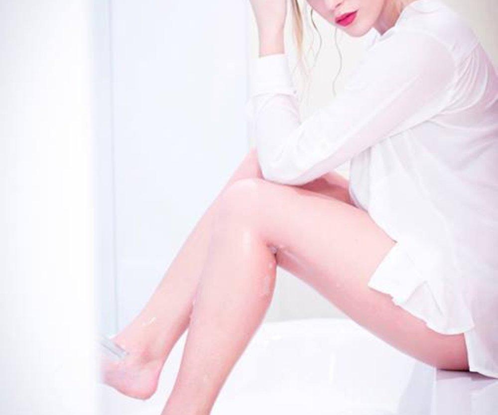 Der Bachelor: Angelina ärgert sich über ihre Eifersuchtsattacken