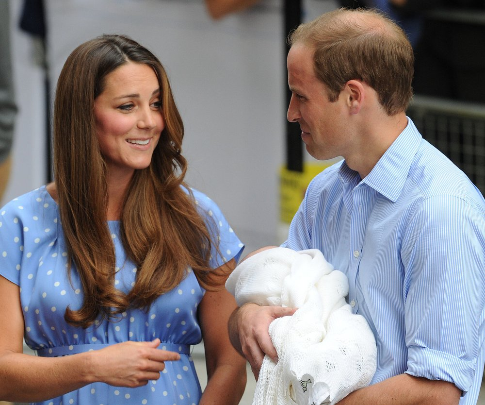 Kate Middleton stellt Prinz George der Royal Family vor