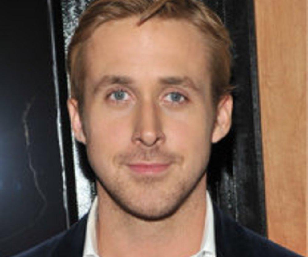 Ryan Gosling oben ohne!