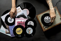 Frau Tattoo Schallplatten