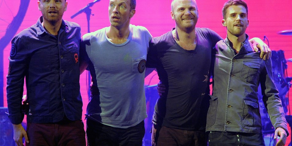 Coldplay laden Mädels ein