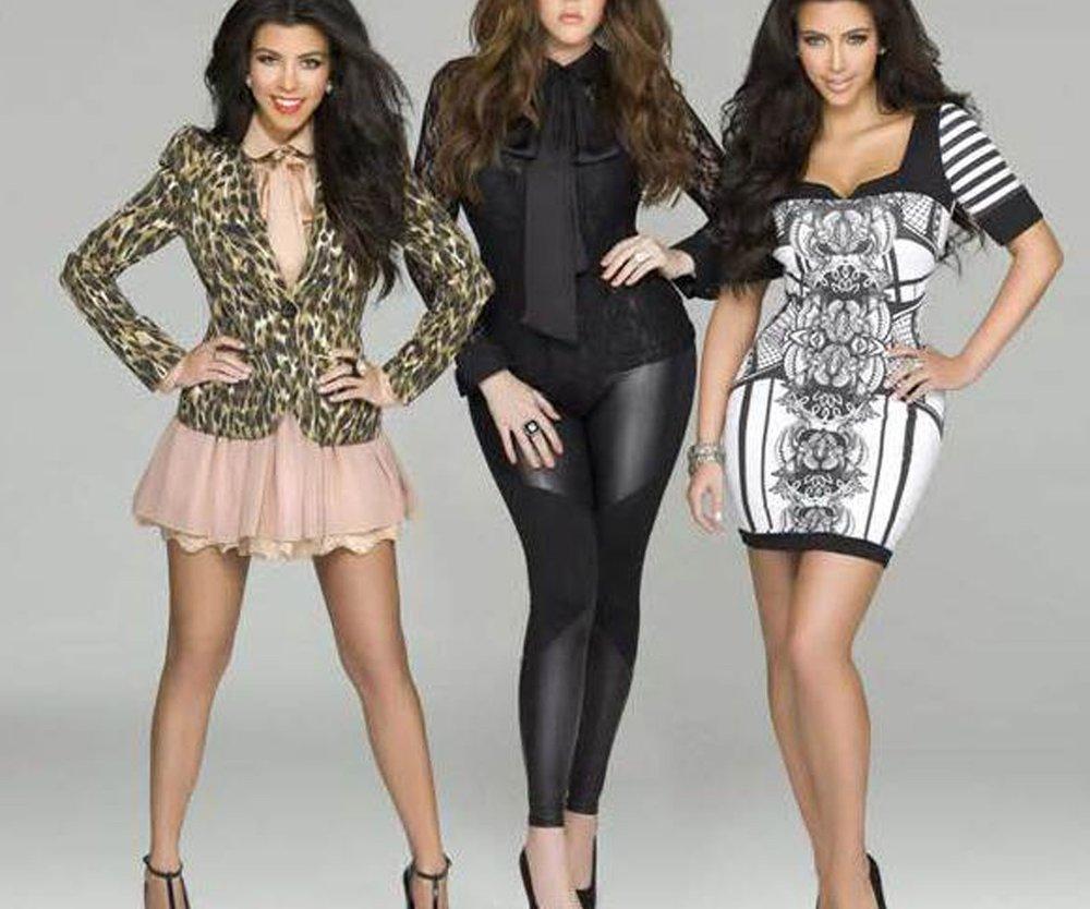 Kim Kardashian und Schwestern präsentieren Jeans-Kollektion
