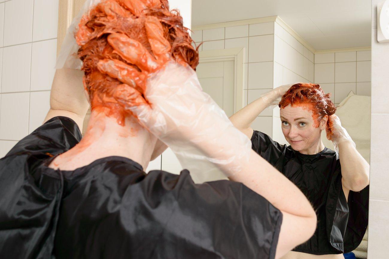 Haare natürlich färben Pflanzenhaarfarbe