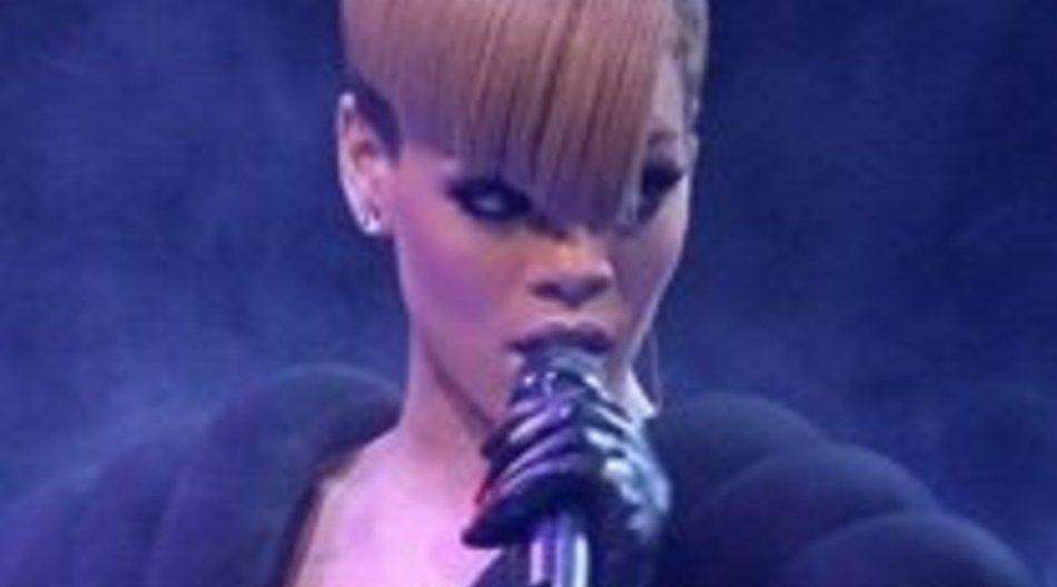 Rihanna: Sexy in Abu Dhabi