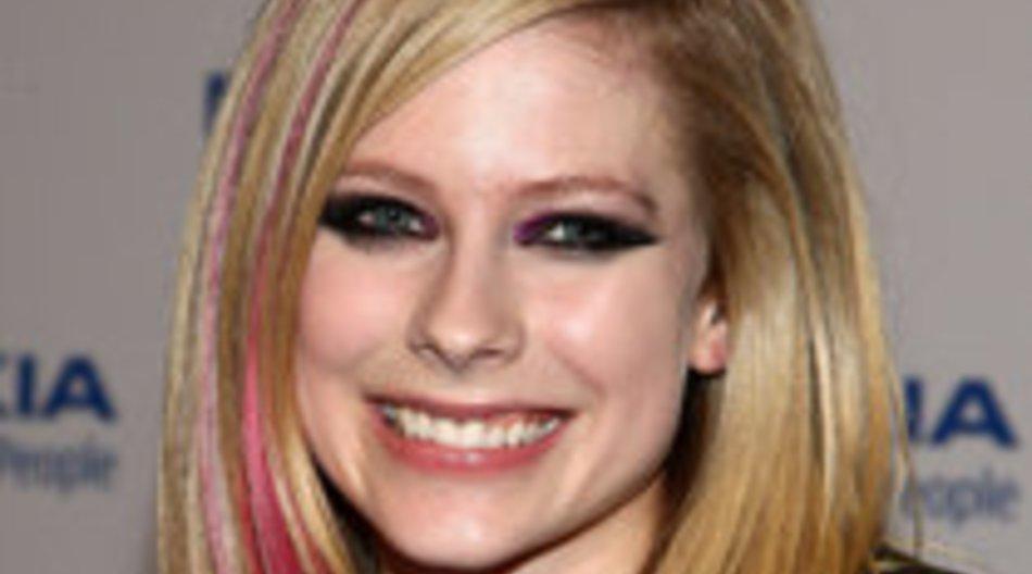 Avril Lavigne: Song für Alice im Wunderland