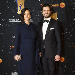 STOCKHOLM, SWEDEN - JANUARY 25: Prince Carl Phillip and Princess Sofia of Sweden attend the Swedish Sports Gala at the Ericsson Globe on January 25, 2016 in Stockholm, Sweden. (Photo by Michael Campanella/Getty Images)