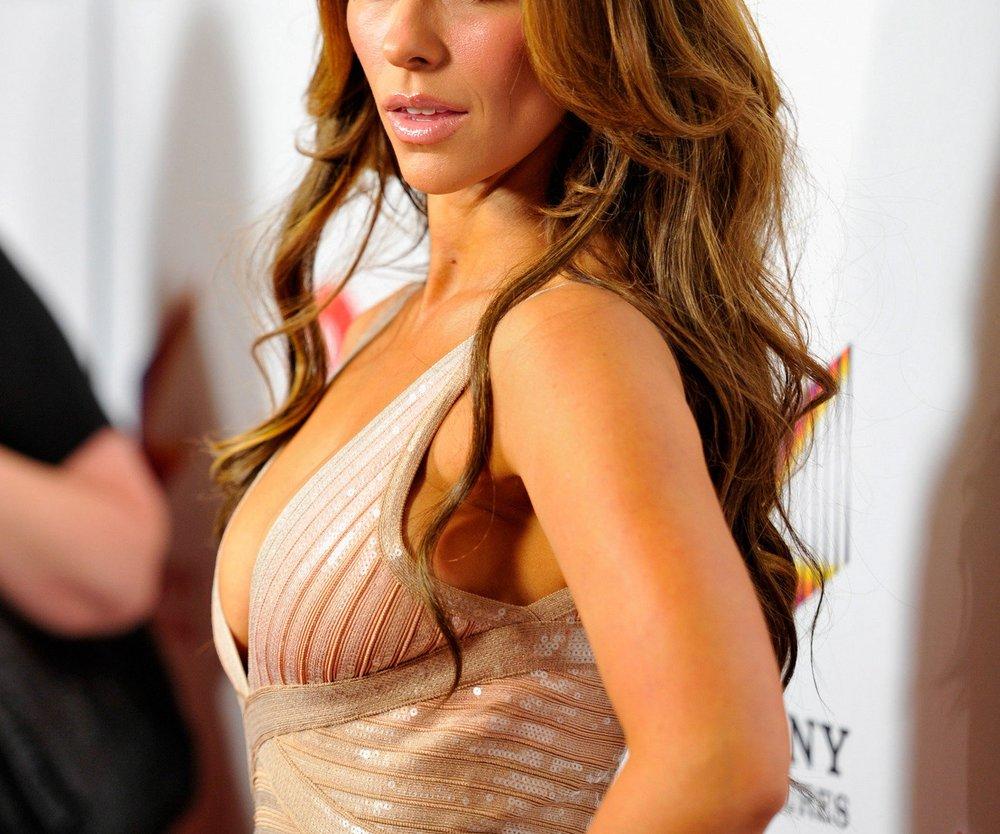 Jennifer Love Hewitt ist frisch verliebt