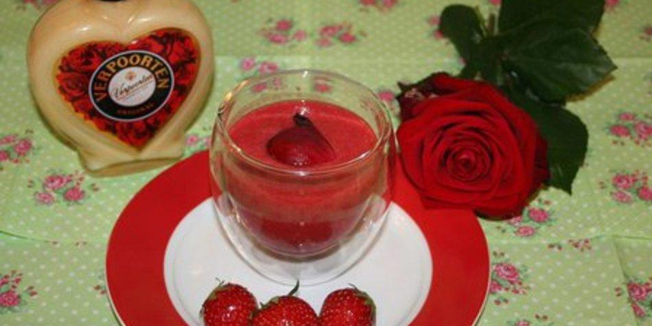 VERPOORTEN Erdbeer-Rosenwasser-Smoothie: RosenRoter Erdbeermund