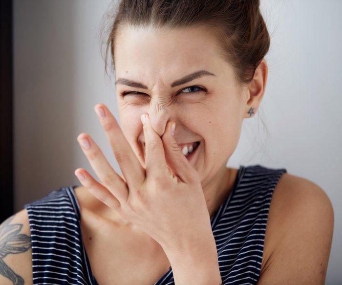 Frau stinken