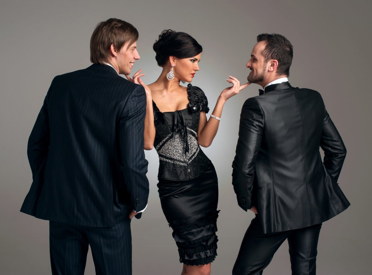 Frau mit zwei Männern