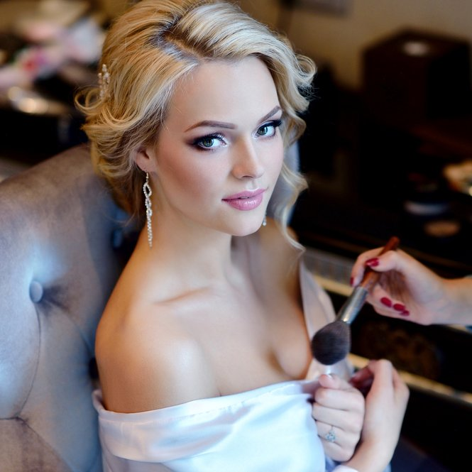 Hochzeits-Make-up selebr machen