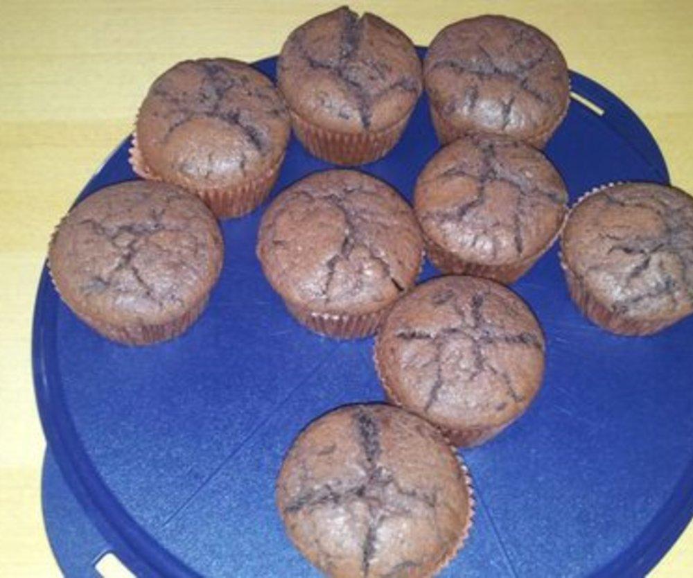 Eierlikör-Schokoladen-Muffins mit Nougatkern