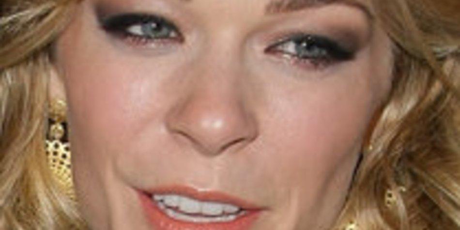 LeAnn Rimes bruncht mit Tequila – Stars ertappt!