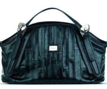 Schwarze XXL-Bag von Fiorelli.