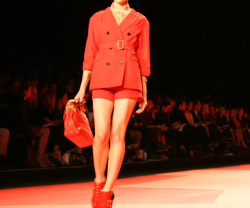 Roter Casual-Style von Phillip Lim auf der Fashion Week New York 2010