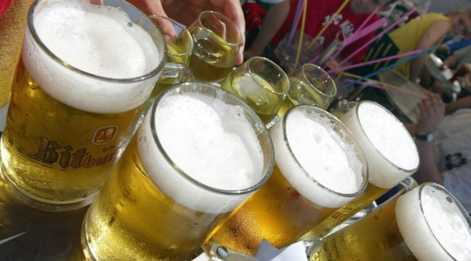 Beim Alkoholkonsum sollten viele Dinge beachtet werden.