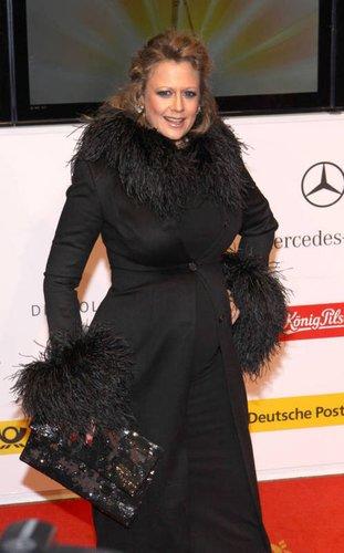 """Barbara Schöneberger bei der Verleih der """"Goldenen Kamera"""