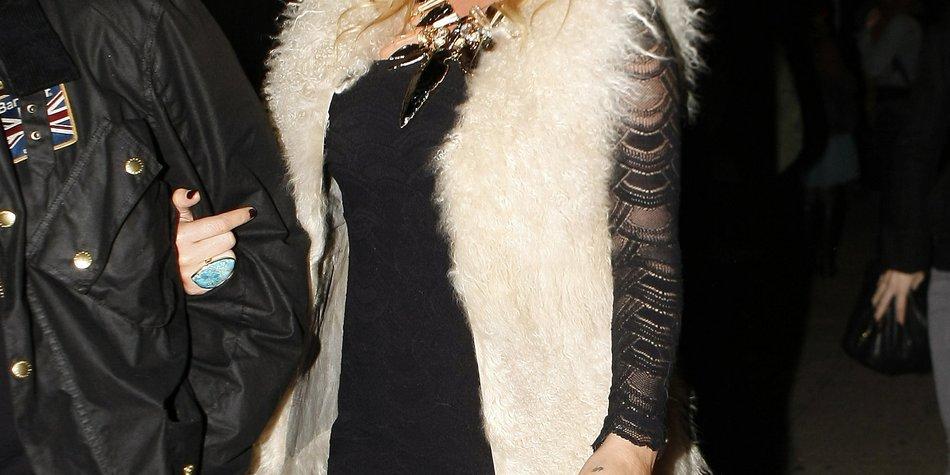 Kesha: Sex mit einem Geist?