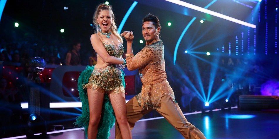 """Tanzen trotz Verletzung: Victoria Swarovski tritt mit einer gebrochenen Rippe bei """"Lets Dance"""" an."""