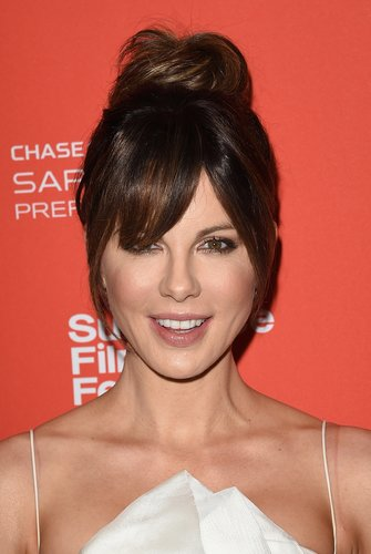 Kate Beckinsale: Dutt mit Gringe