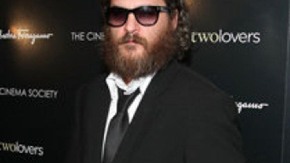"""Joaquin Phoenix: Vollbärtig in """"I'm still here"""""""