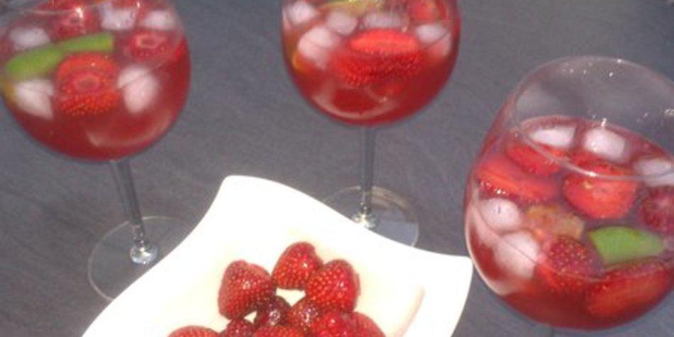 Fruchtig-frischer Sommerdrink mit XUXU