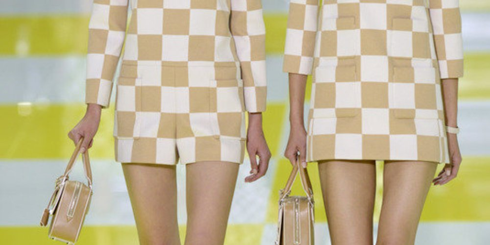 Paris Fashion Week: Louis Vuitton mit Box-Look