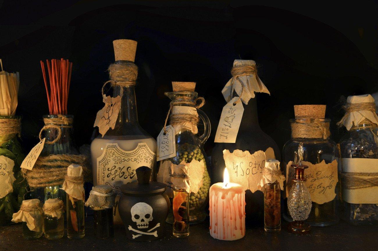 Halloween-Deko-Ideen Giftflaschen