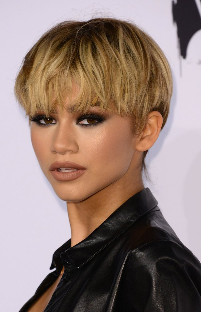 Zendaya Coleman arrives at the 7th Annual Black Women In Music Concert, an Essence Kicks Off Grammy Week-end  event,  in Hollywood, California, February 11, 2016 / AFP / CHRIS DELMAS        (Photo credit should read CHRIS DELMAS/AFP/Getty Images)