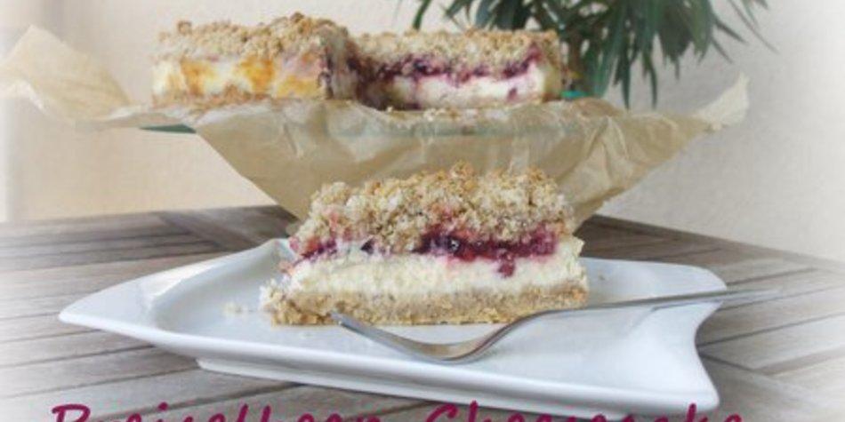 Preiselbeer-Cheesecake mit Crunchy Streuseln