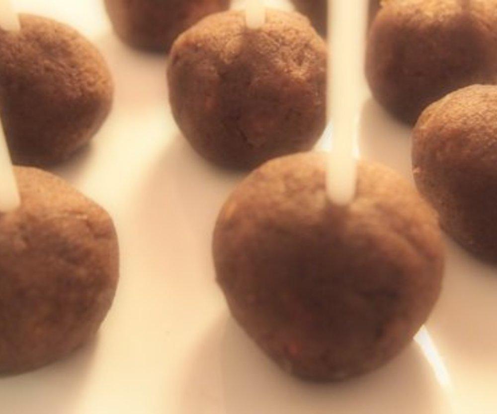 Leckere Cake Pops aus Marmorkuchen
