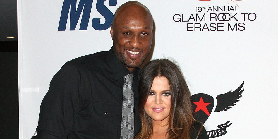 """CENTURY CITY, CA - MAY 18: TV Personalities Lamar Odom (L) and Khole Kardashian attend the 19th Annual Race To Erase MS - """"Glam Rock To Erase MS"""" event at the Hyatt Regency Century Plaza on May 18, 2012 in Century City, California. (Photo by Frederick M. Brown/Getty Images)"""