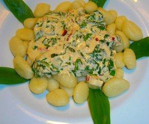 Bärlauchsosse zu Pasta oder Gnocchi
