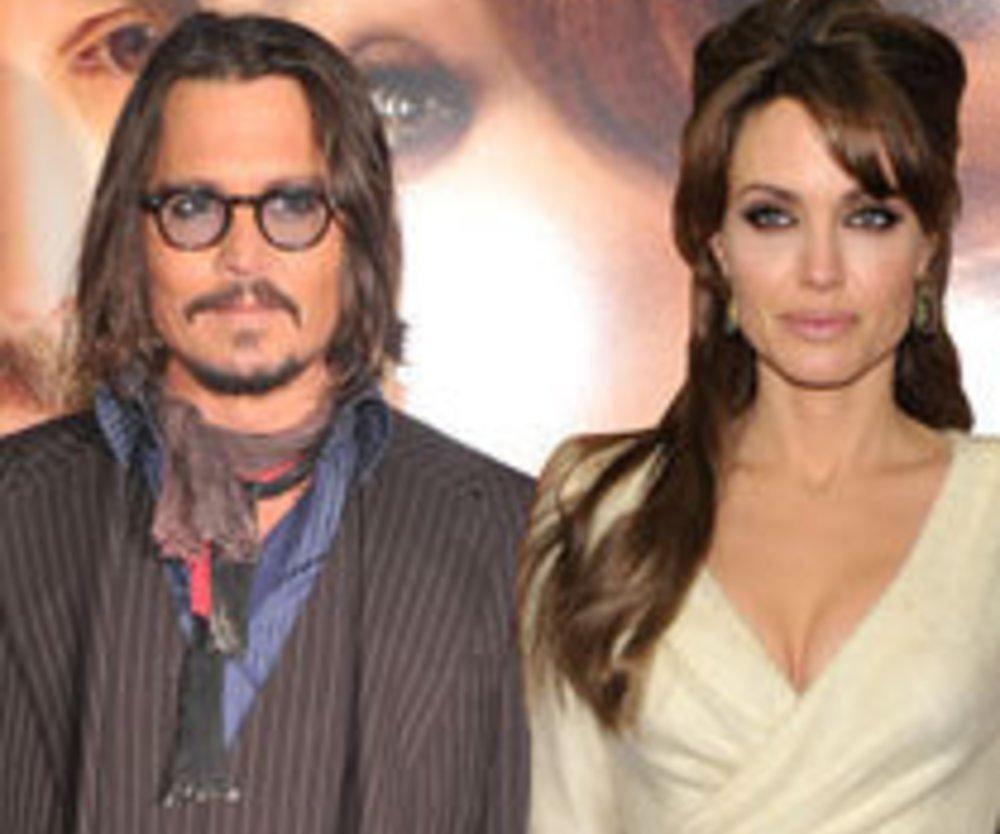 Angelina Jolie ist Johnny Depp auf die Füße getreten