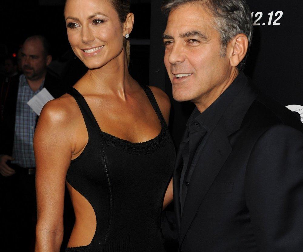 George Clooney und Stacy Keibler sind zusammen gezogen