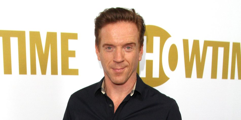 WEST HOLLYWOOD, CA - SEPTEMBER 19: Actor Damian Lewis attends the Showtime 2015 Emmy Eve party at Sunset Tower Hotel on September 19, 2015 in West Hollywood, California. (Photo by Matthew Simmons/Getty Images)