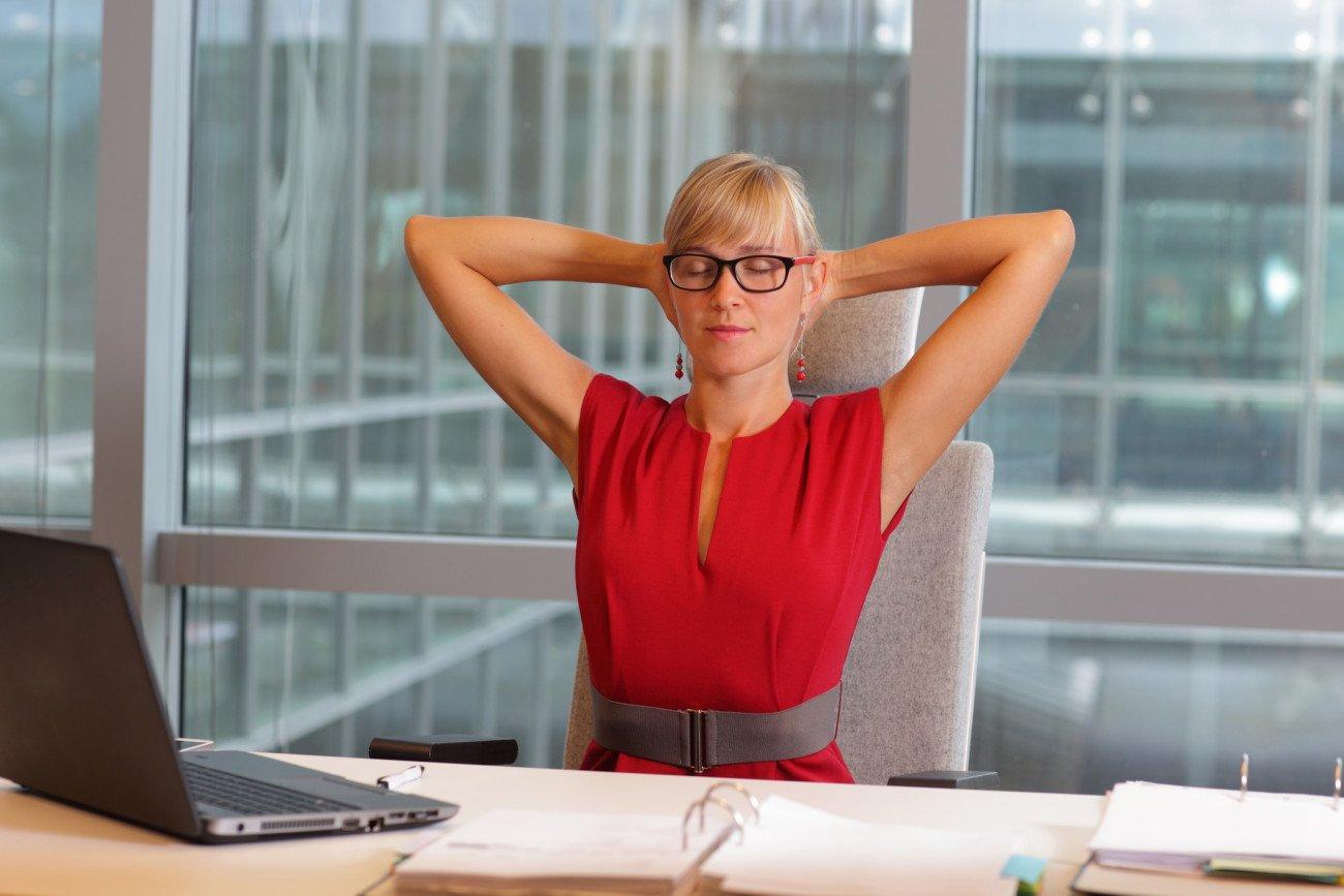 Rückenübungen Büro - Verspannungen