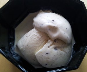 Stracciatella Eis