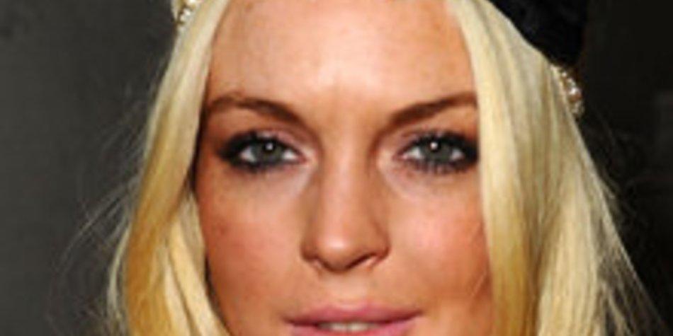 Lindsay Lohan bestreitet, dass sie sich wieder ritzt