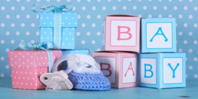 Babygeschenke: kleine Päckchen