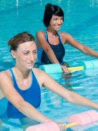 In der Schwangerschaft ist Aquagymnastik ein idealer Sport.
