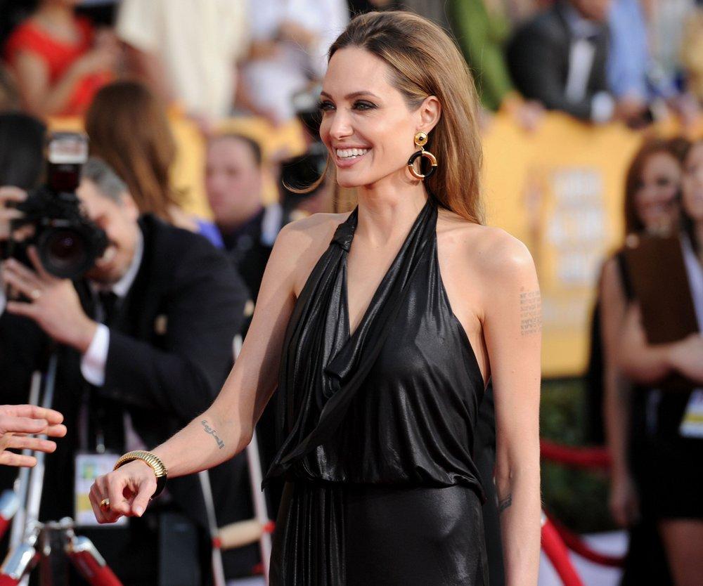 Angelina Jolie: Weihnachten auf Reisen