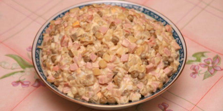 Kartoffelsalat mit Fleischsalat