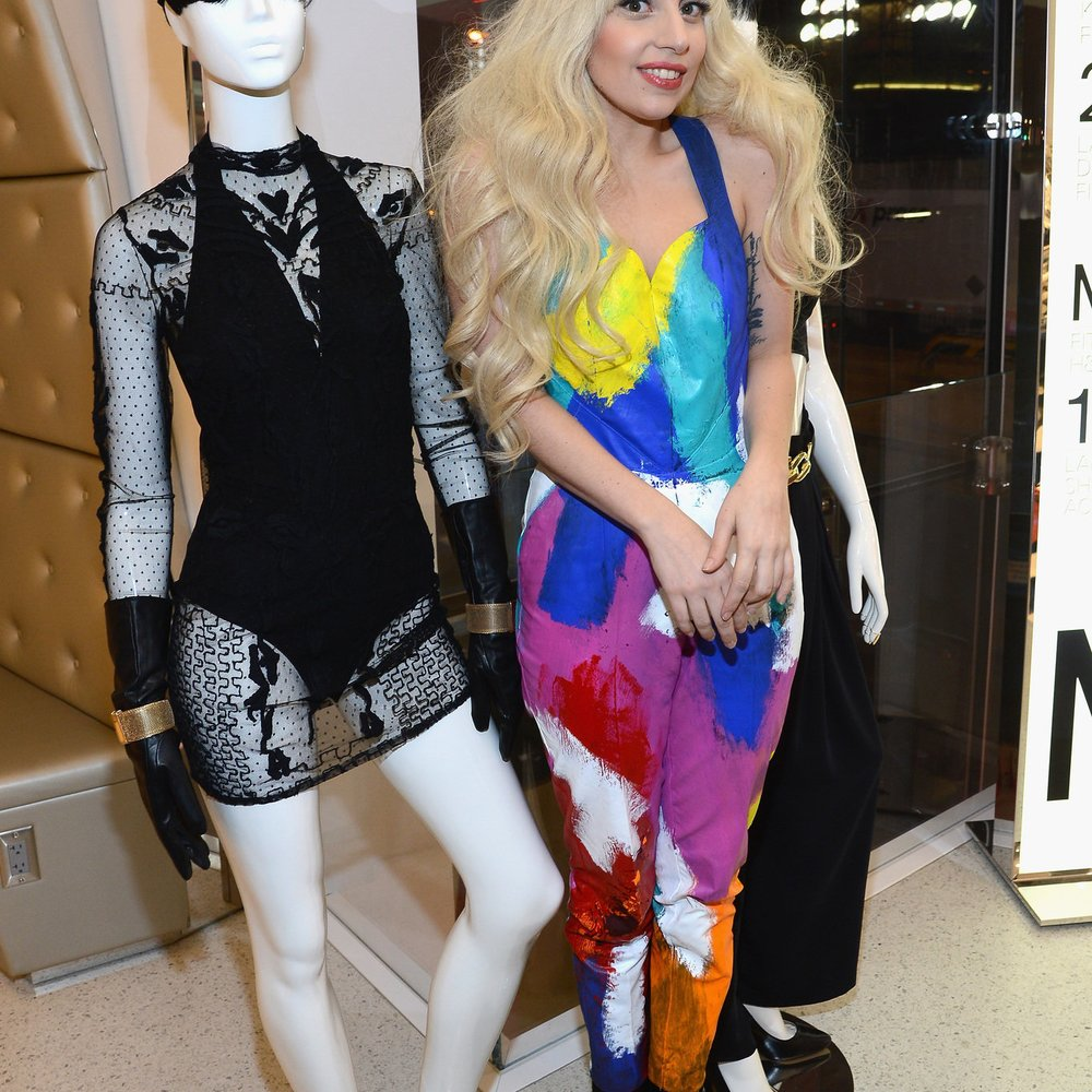 Lady Gaga vor Engagement bei Versace?